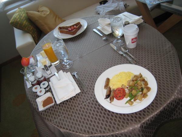 リッツカールトンロサンゼルスのルームサービス(朝食)