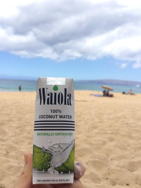 Makena Beach(マケナビーチ)でココナッツウォーター
