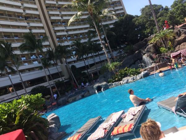 ロイヤルハワイアンのプール