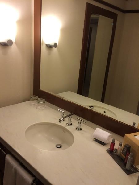 ワイレアビーチマリオットのお部屋の洗面台