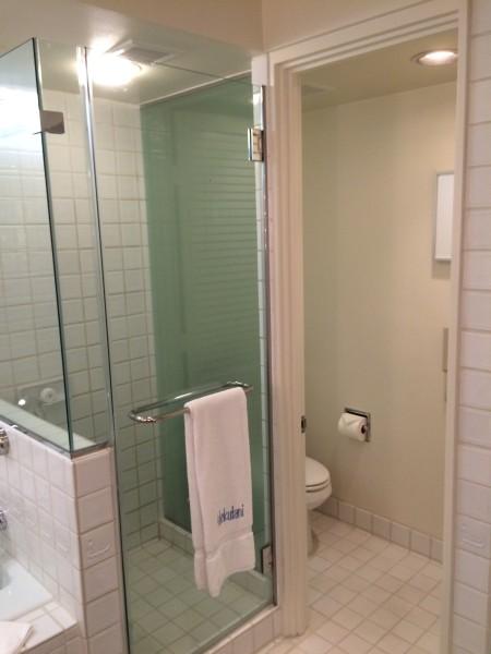 ハレクラニ・お部屋のシャワー