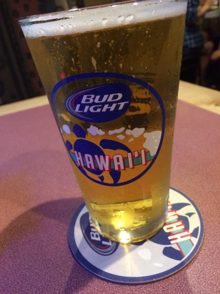Side Street Inn(サイドストリートイン)でビール