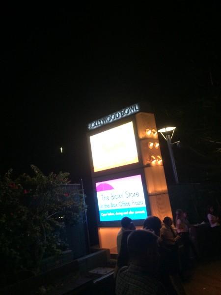 ハリウッドボウルのサイン