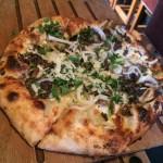 パサデナのおいしいピザ屋さん!The Luggage Room Pizzeria(ラゲッジルームピッツェリア)