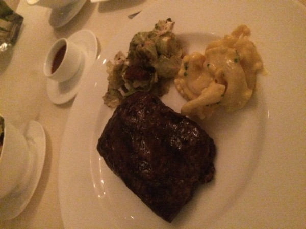THe Edge Steak House (27)